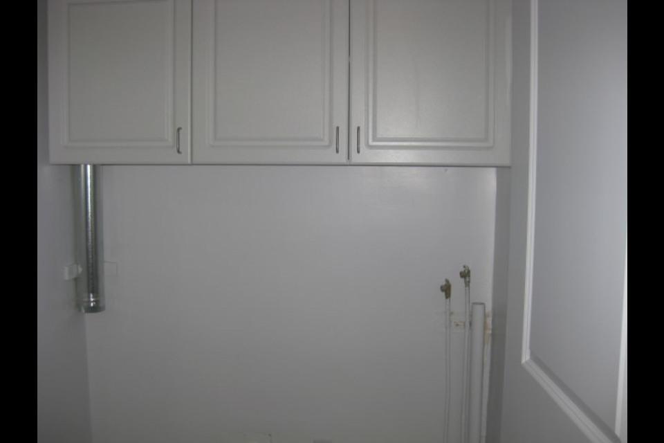 image 0 - Apartment - For rent - Montréal  (Centre-Sud) - 4 rooms