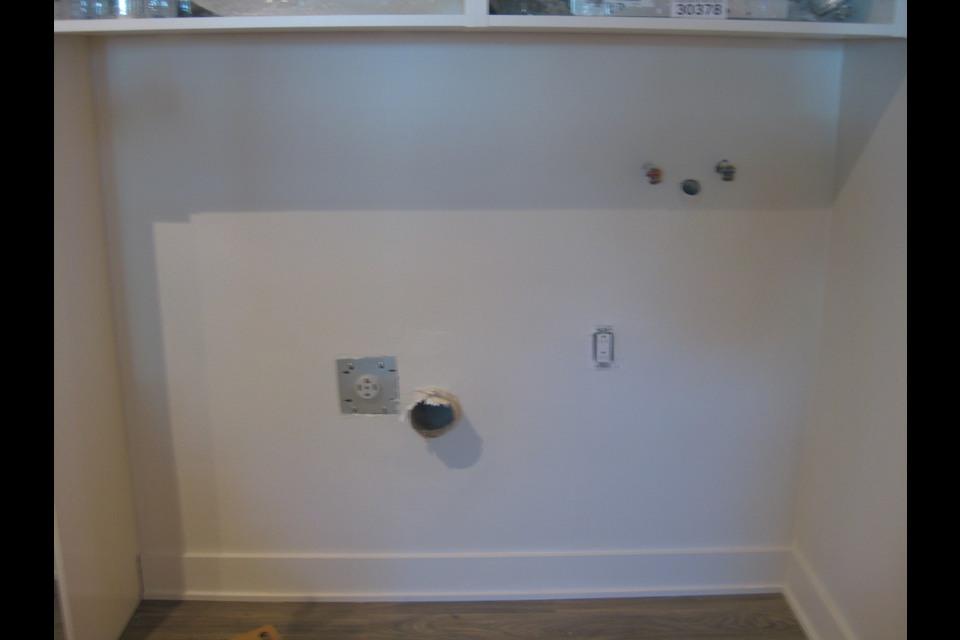 image 5 - Apartment - For rent - Montréal  (Saint-Leonard) - 3 rooms